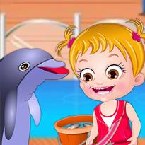 Mała Hazel w Delfinarium